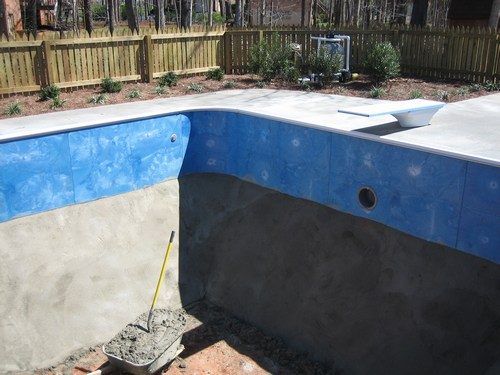 Pool construction for Vermiculite swimming pool base